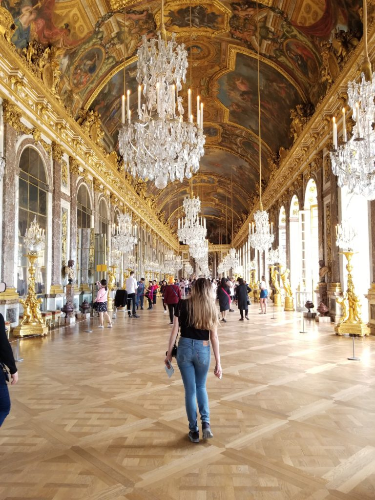 Versailles room of mirrors- 6 Paris photo worthy places