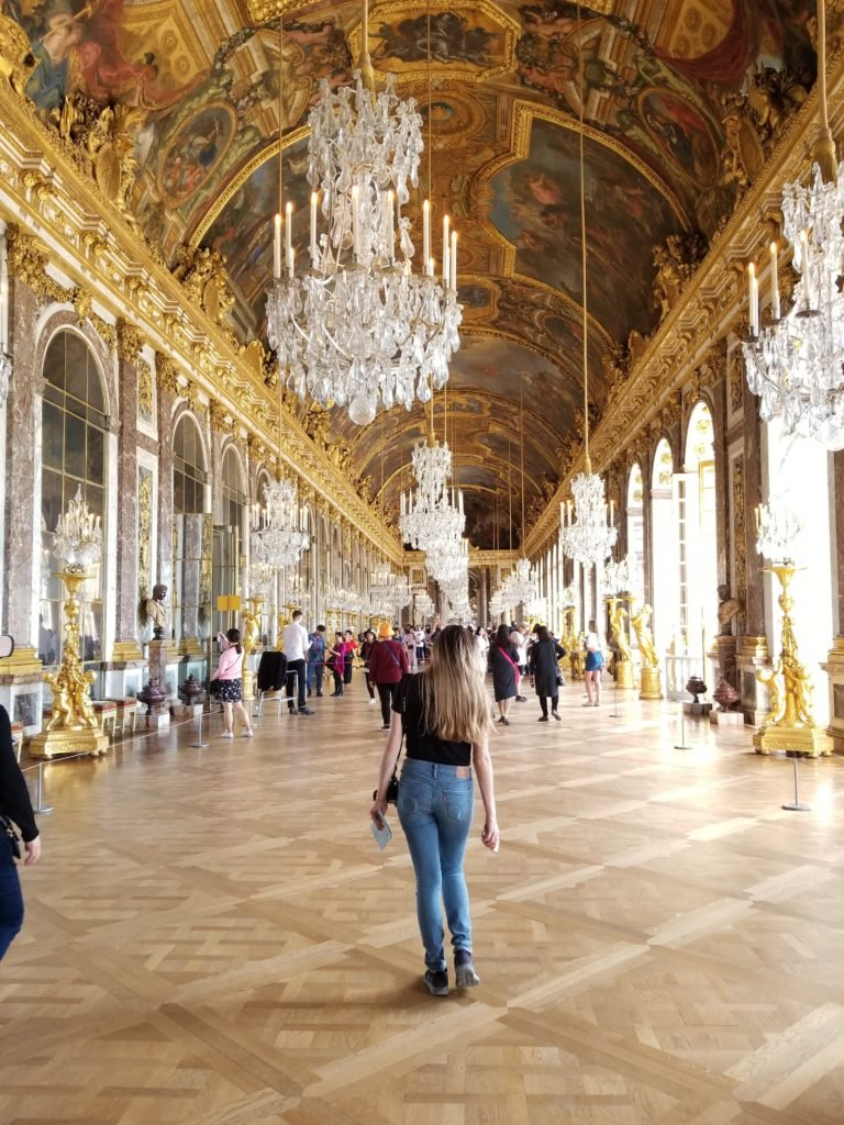 Versailles room of mirrors - Complete 5 Days in Paris Guide