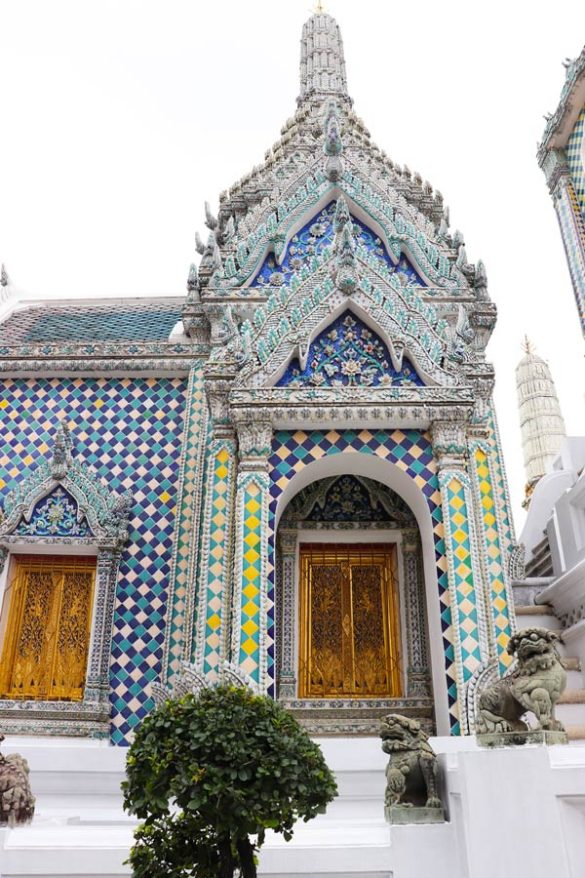 Grand Place is one of the best top 3 temples to see in Bangkok