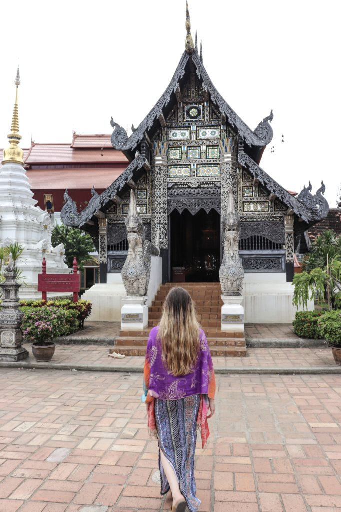 Thailand Packing guide should include a shall and long skirt for temple attire