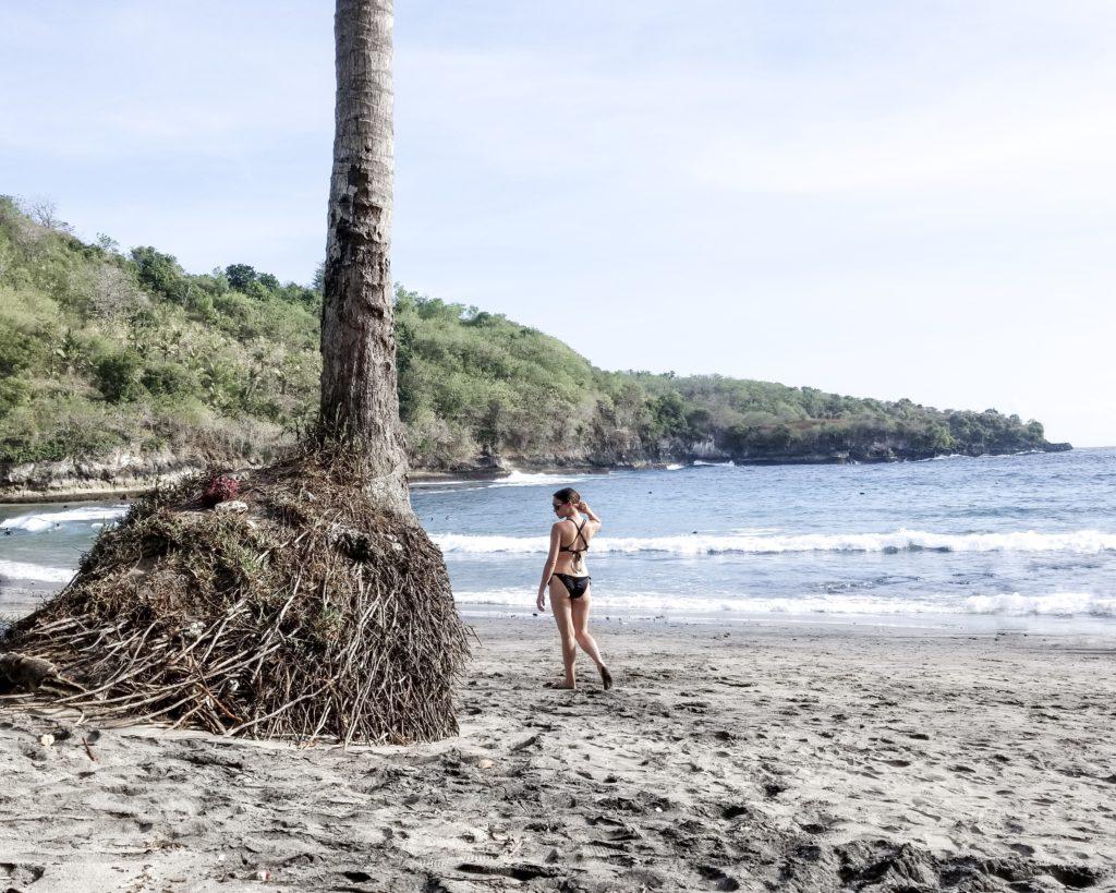Walking at Crystal bay Beach Nusa Penida