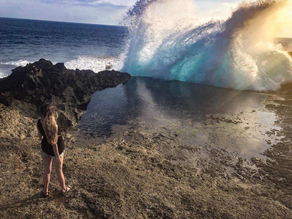 Devils Tear waves crashing Nusa islands
