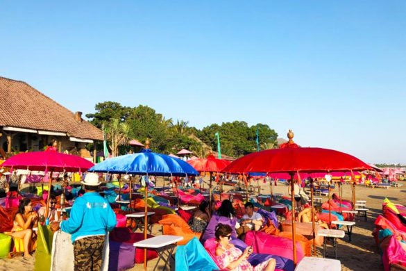 One of the best things to do in Seminyak is going to a beach bar