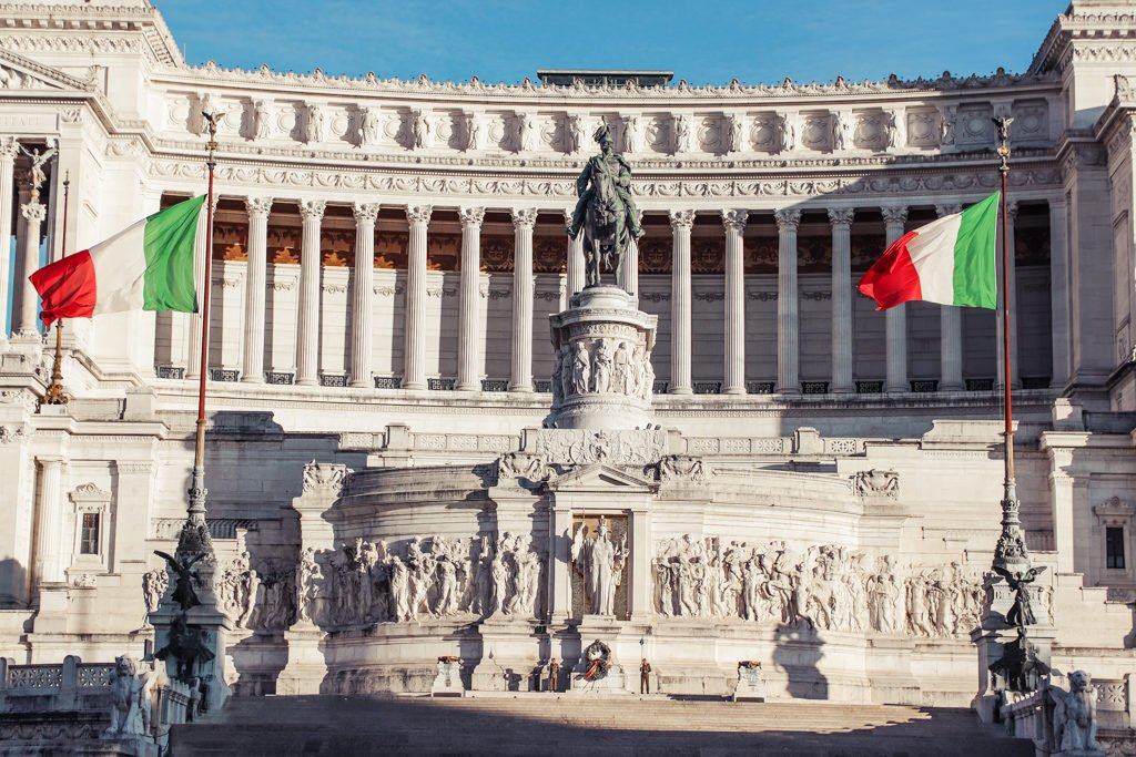 Altar of the Fatherland with 4 Days in Rome