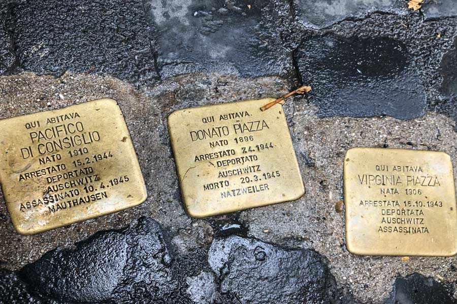 Golden Cobble Stones to honor Jewish people killed during the Holocaust