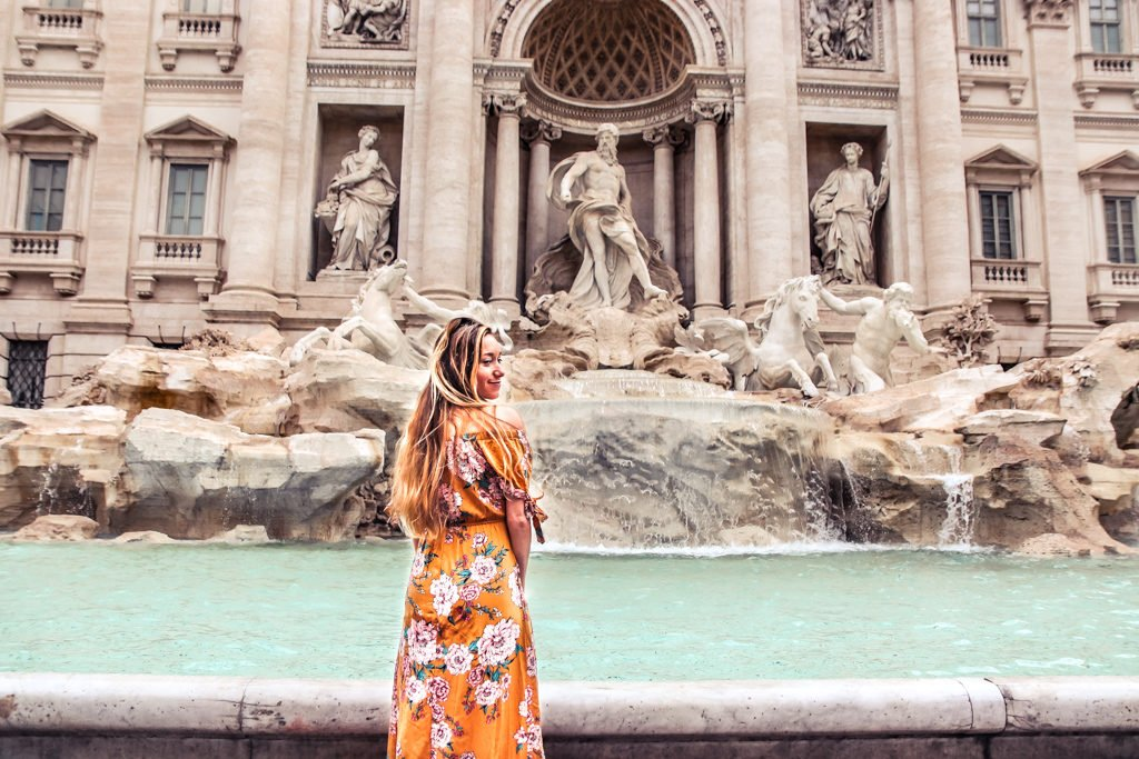 View the Trevi fountain with 4 days in Rome