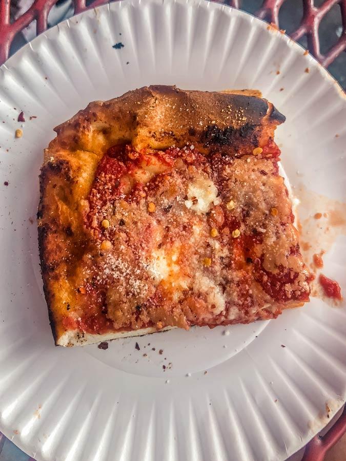 L&B Pizza and Spumoni Garden