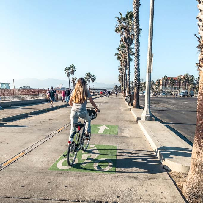 Take a bike ride down the Venice Boardwalk with 3 days in Los Angeles