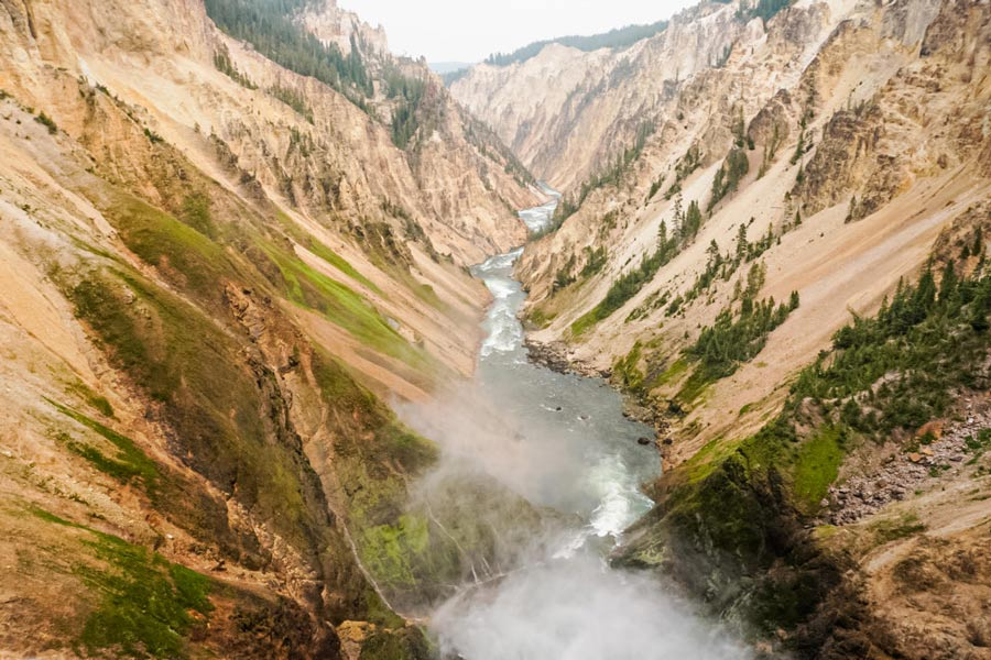 Yellowstone easy hikes to lower Brink Canyon
